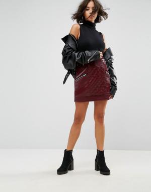 ASOS Мини-юбка из искусственной кожи со стеганой отделкой. Цвет: красный