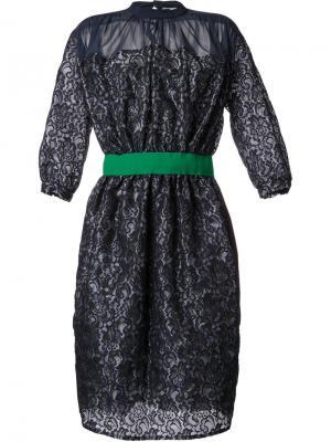 Кружевное платье Kolor. Цвет: синий