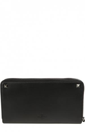 Кожаный футляр для документов  Garavani с металлическими шипами Valentino. Цвет: черный