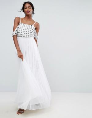 ASOS Платье макси с открытыми плечами, цветочной отделкой и юбкой из тюля A. Цвет: белый