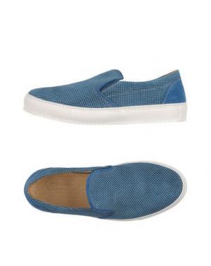 Низкие кеды и кроссовки SIMONE MARIOTTI. Цвет: синий