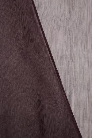 Длинный фиолетовый халат NuCode. Цвет: фиолетовый