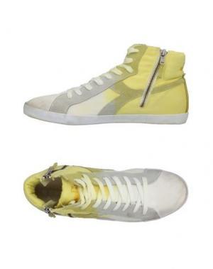 Высокие кеды и кроссовки DIADORA HERITAGE. Цвет: желтый
