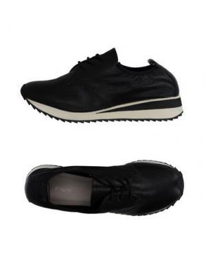 Низкие кеды и кроссовки PRETTY NANÃ. Цвет: черный
