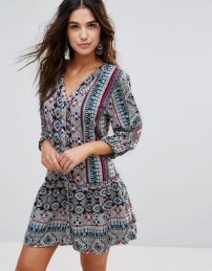 Anmol Пляжное платье с принтом. Цвет: мульти