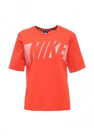 Футболка Nike. Цвет: красный