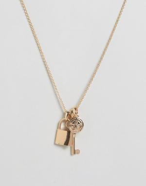 Chained & Able Ожерелье с подвесками. Цвет: золотой