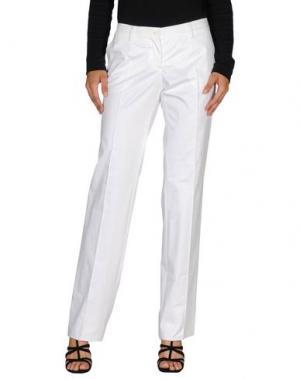Повседневные брюки CALVARESI. Цвет: белый