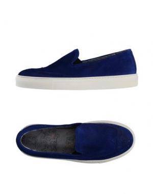 Низкие кеды и кроссовки YAB. Цвет: синий