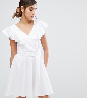 Closet London Хлопковое короткое приталенное платье с оборками. Цвет: белый
