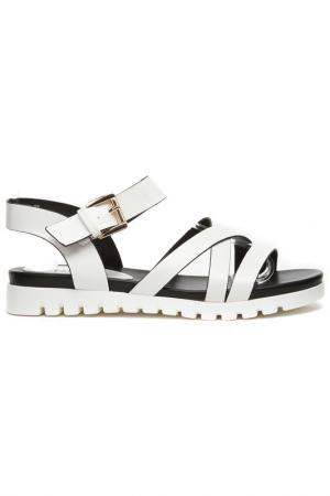 Туфли летние открытые Daze. Цвет: белый