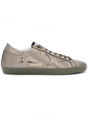 Кроссовки на шнуровке Golden Goose Deluxe Brand. Цвет: серый