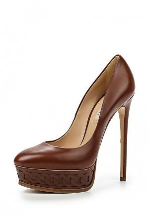Туфли Casadei. Цвет: коричневый