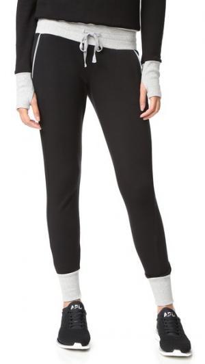 Спортивные брюки Boost Heroine Sport. Цвет: черный/серый