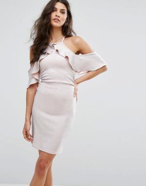 Lipsy Платье мини с открытыми плечами, блестками и оборкой. Цвет: розовый
