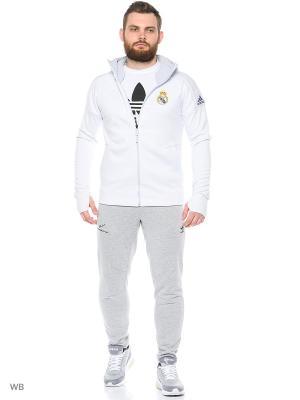 Толстовка Adidas. Цвет: белый