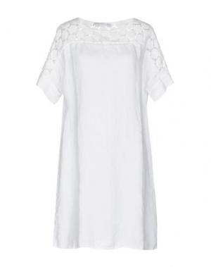 Короткое платье LA FABBRICA del LINO. Цвет: белый