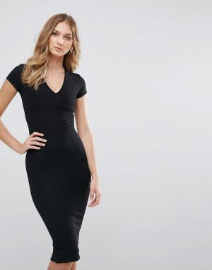 Lasula Платье-футляр. Цвет: черный
