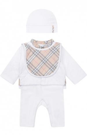 Пижама и кардиган в комплекте с шапкой нагрудником Burberry. Цвет: белый