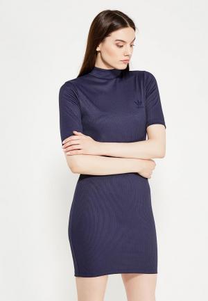 Платье adidas Originals. Цвет: синий