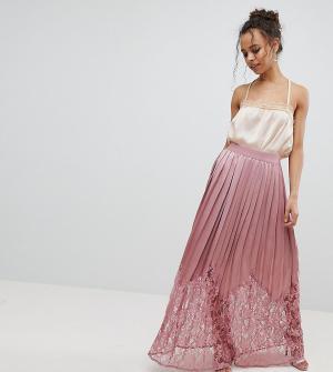 Little Mistress Petite Плиссированная юбка макси с кружевом. Цвет: розовый