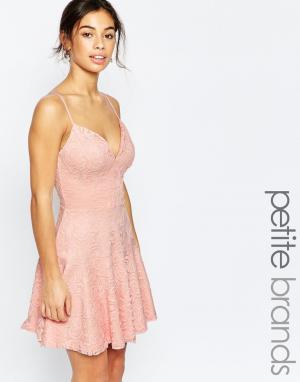 John Zack Petite Кружевное платье для выпускного на бретельках. Цвет: розовый