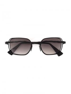 Солнцезащитные очки в квадратной оправе Kuboraum. Цвет: серый