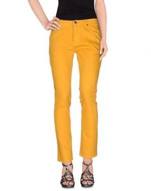 Джинсовые брюки ETNIES. Цвет: охра