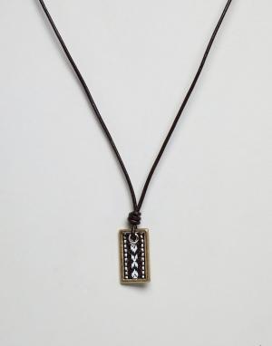 Icon Brand Коричневое кожаное ожерелье с золотистой подвеской. Цвет: коричневый