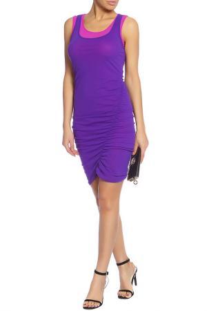 Обтягивающее платье с косыми швами Caractere. Цвет: розовый