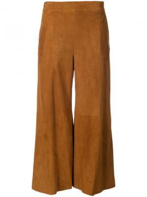 Укороченные расклешенные брюки Oscar de la Renta. Цвет: коричневый