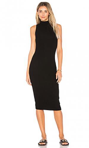 Платье в рубчик с высоким воротом GETTINGBACKTOSQUAREONE. Цвет: черный