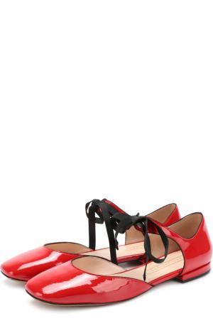 Лаковые балетки на шнуровке Marc Jacobs. Цвет: красный