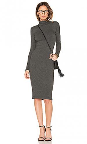 Платье alma De Lacy. Цвет: серый
