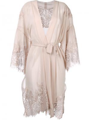 Платье с запахом и кружевом Gold Hawk. Цвет: розовый и фиолетовый