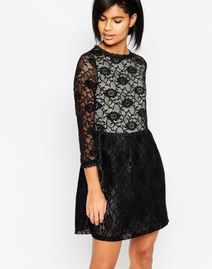 Iska Кружевное платье с длинными рукавами. Цвет: черный