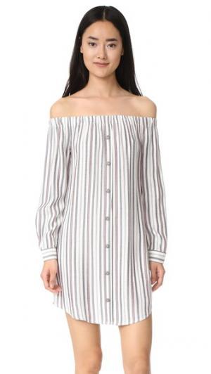 Платье-рубашка Rachel с открытыми плечами WAYF. Цвет: цвет слоновой кости/темно-синий/красная полоска