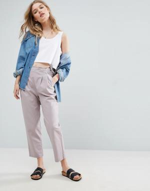 ASOS Льняные брюки-галифе с завязкой сбоку. Цвет: фиолетовый