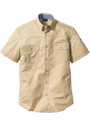 Рубашка Slim Fit с короткими рукавами (бежевый) bonprix. Цвет: бежевый