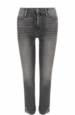 Укороченные джинсы прямого кроя с потертостями Frame Denim. Цвет: серый
