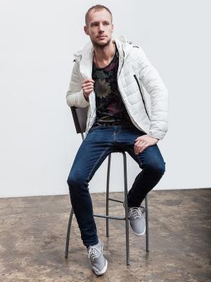 Куртка Clasna. Цвет: белый