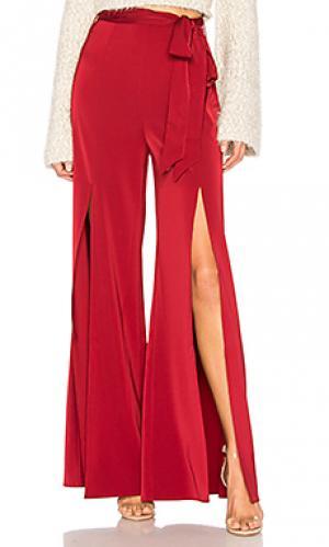 Широкие брюки с завязывающимся поясом claude LAcademie L'Academie. Цвет: вишня