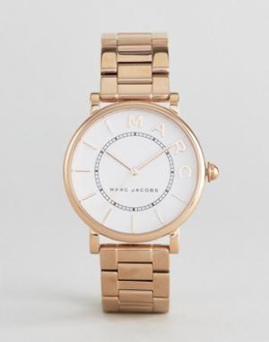 Marc Jacobs Розово-золотистые часы MJ3523 Roxy. Цвет: золотой