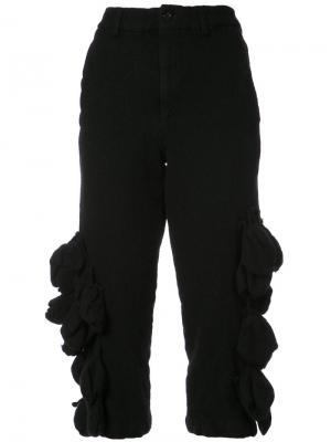 Укороченные брюки с объемным декором Comme Des Garçons. Цвет: чёрный