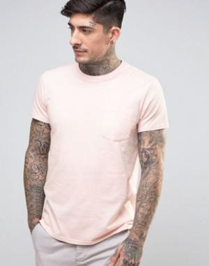 Edwin Футболка с карманом. Цвет: розовый