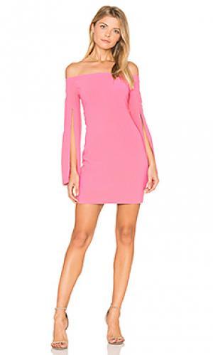 Платье ava Bardot. Цвет: розовый