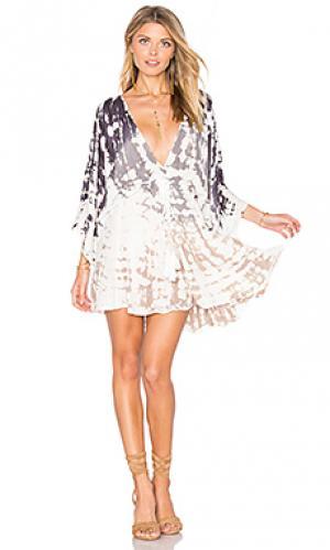 Платье charlotte Young Fabulous & Broke. Цвет: беж