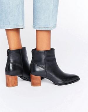 Park Lane Ботинки на деревянном каблуке. Цвет: черный