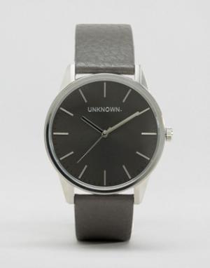 UNKNOWN Часы с серым кожаным ремешком и циферблатом Classic. Цвет: серый