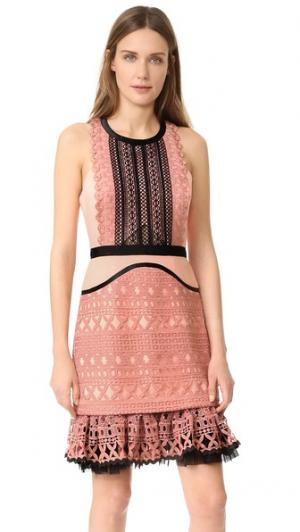 Платье Sun Down Three Floor. Цвет: розовый рассвет/черный